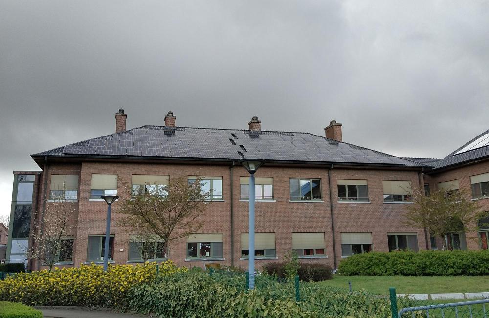 Zorgpunt Waasland plaatst 2.744 zonnepanelen